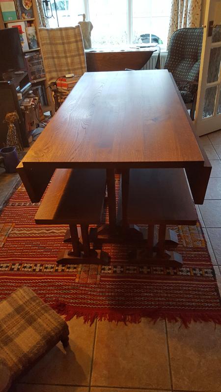Bespoke table Bucks