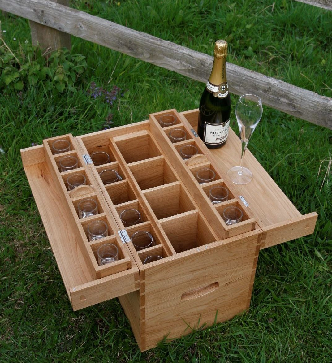 Drinks boxes for picnics or shooting